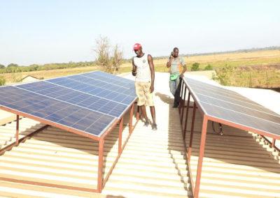 pannelli-solari-uganda_02