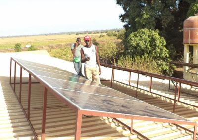 pannelli-solari-uganda_03
