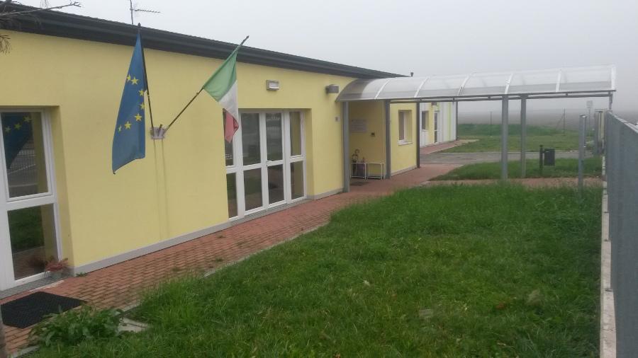 Terremoto Emilia Romagna: Attrezzatura delle aule della nuova scuola in costruzione a Soliera frazione S. Antonio Sozzigalli